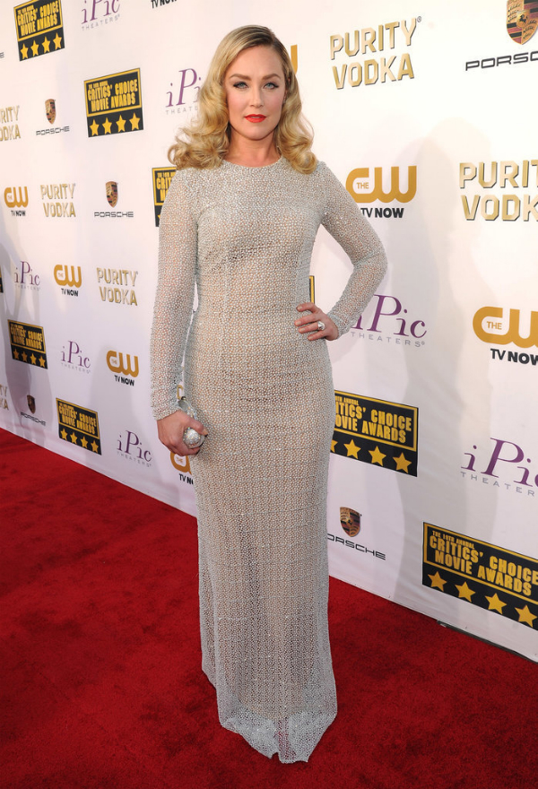 Elisabeth Röhm in Carmen Marc Valvo - 2014 Critics' Choice Movie Awards