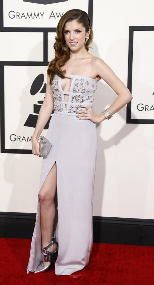 Anna Kendrick in Azzaro - 2014 Grammy Awards #GRAMMYs