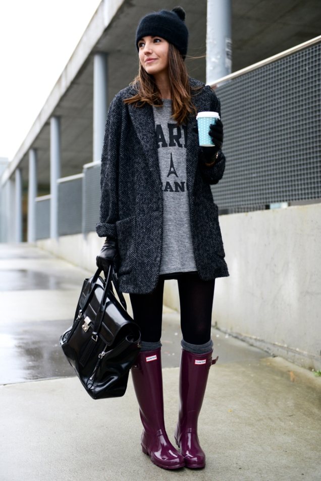Herringbone Coat and Hunter Boots - http://www.lovely-pepa.com