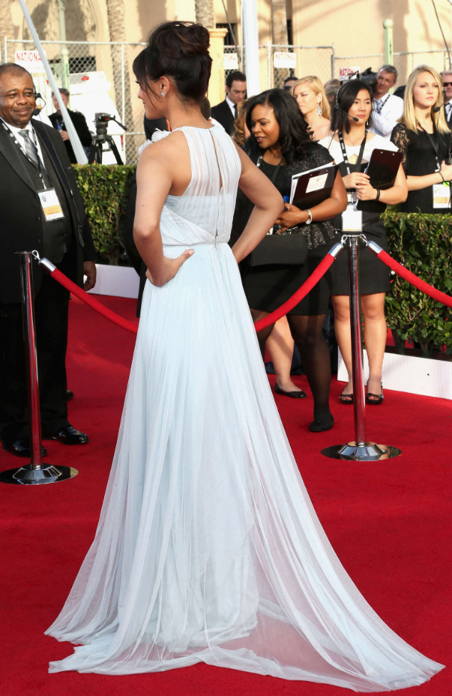 Hannah Simone in Marchesa - SAG Awards 2014