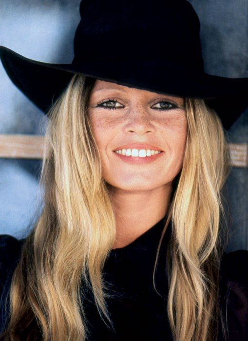 Brigitte Bardot in Floppy Hat