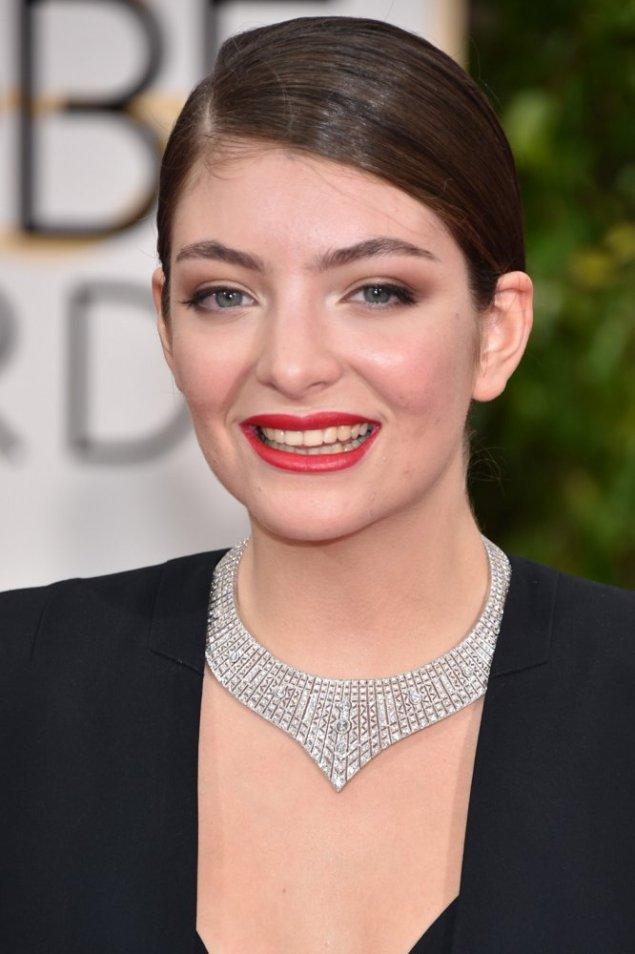 2015GG_Lorde02