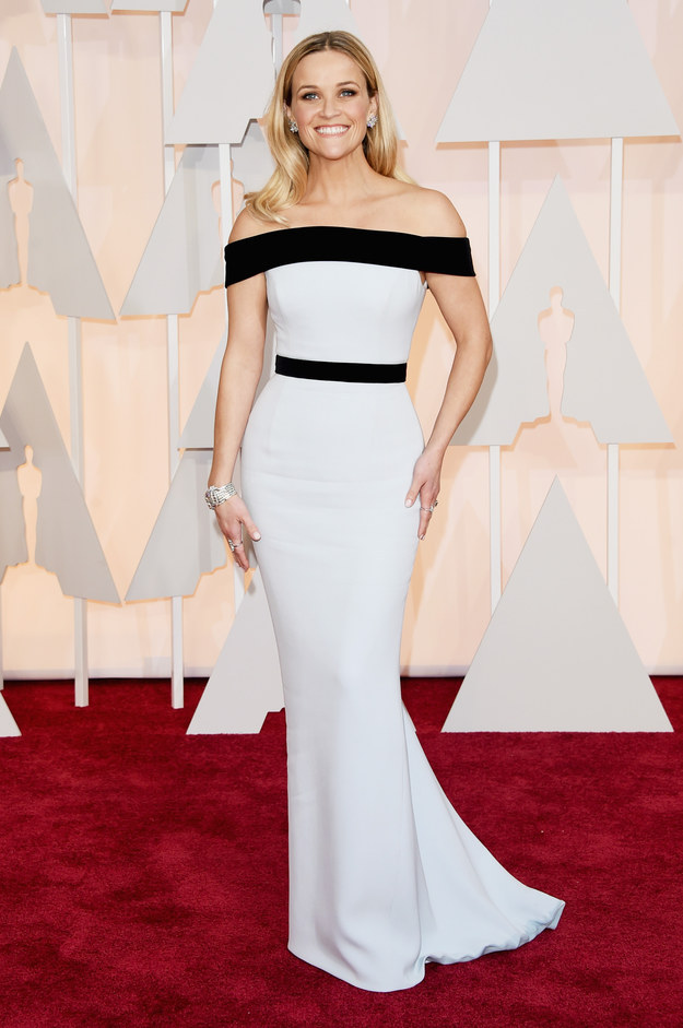Reese Witherspoon wearing a Tom Ford gown at the  87th Academy Awards // 2015 Oscars Red Carpet