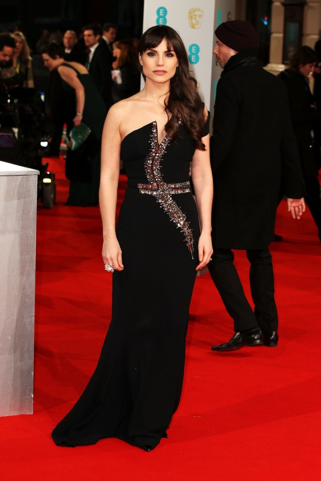 2015 BAFTAs Red Carpet: Charlotte Riley in Antonio Berardi
