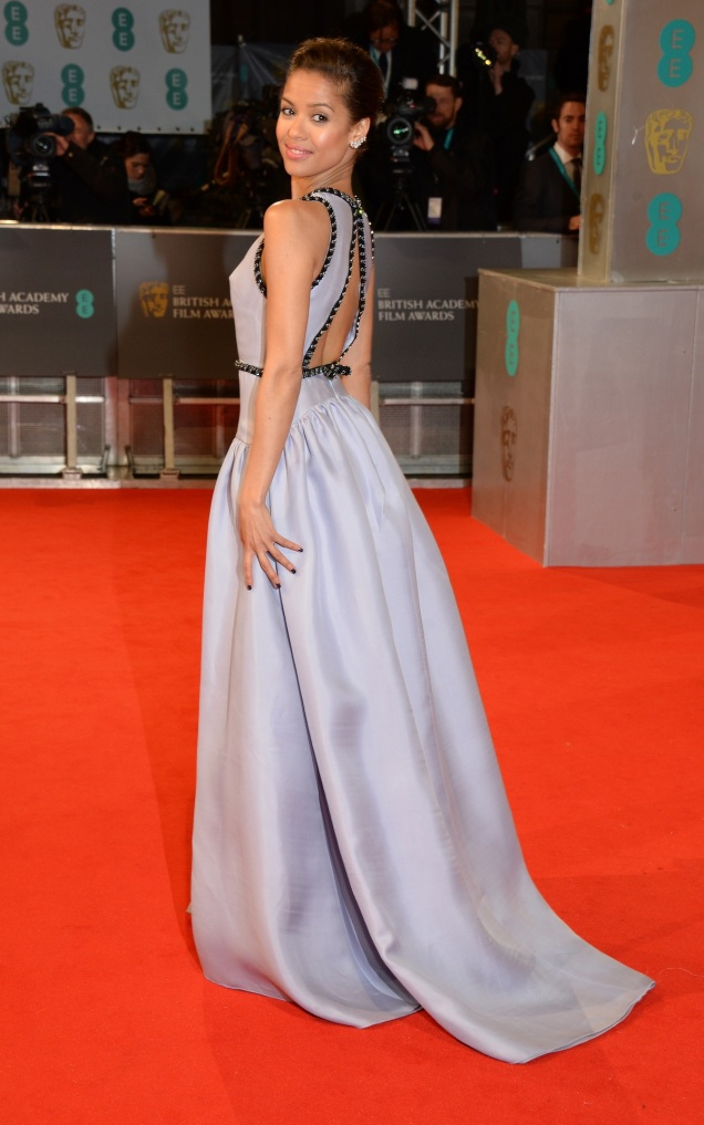 2015 BAFTAs Red Carpet: Gugu Mbatha-Raw in Prada
