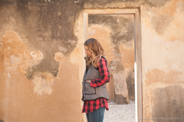 Wild Souls: What I Wore - Black & Red Buffalo Plaid Tunic, Black & White Herringbone Tweed Vest, Gap Denim Jeggings, Sparkle Ankle Boots