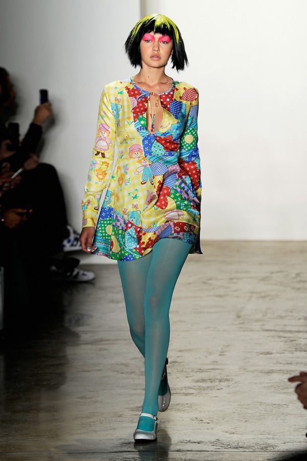 Gigi Hadid Jeremy Scott Runway  New York Fashion Week Fall 2015